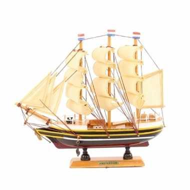 Model model zeiljacht 24 cm