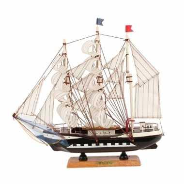 Model model zeiljacht 34 cm