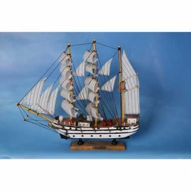 Model zeilboot gorch fock