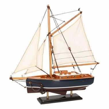 Model zeilboot model jacht donkerblauw 23 cm